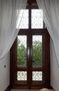 Zámek balkonových dveří
