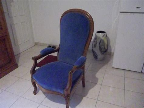 troc echange fauteuil voltaire velours bleu sur france