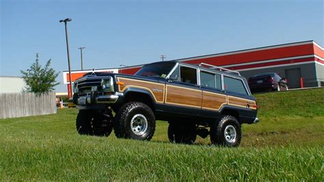 jeep wagoneer 1990 1990 jeep grand wagoneer pictures cargurus