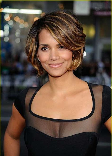 10 Best Halle Berry Bob Haircuts   Bob Hairstyles 2017