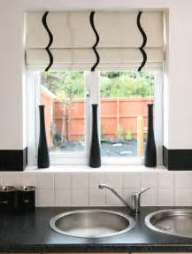Kitchen Curtain Ideas With Blinds by Patterned Kitchen Blinds 2016