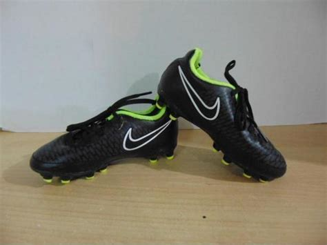 preschool soccer shoes soccer shoes cleats children s size 10 toddler nike 663