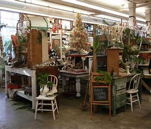 Into, Vintage, Vintage, Christmas, With, A, Pinch, Of, Kitsch, And, Glitter