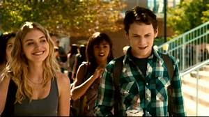 Shameless Pile of Stuff: Movie review: Fright Night (2011)