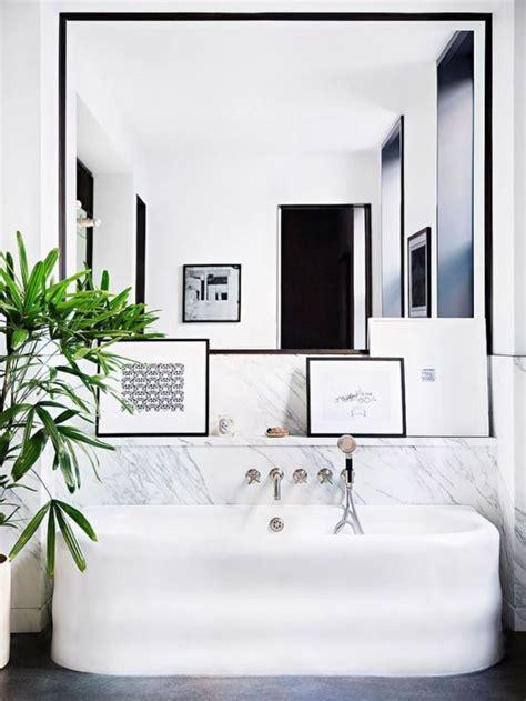 salle de bain carre grand miroir contemporain un must pour la salle de bain