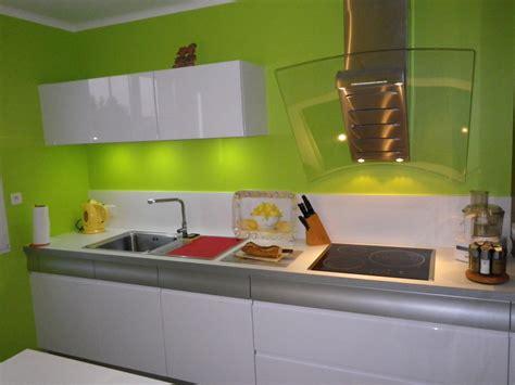 deco cuisine cagne salle de bain verte et blanche