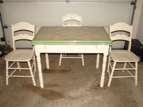 Vintage 1930's Porcelain Kitchen Table with Two Leafs and