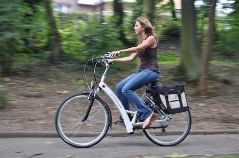 faire du sport dans sa chambre faire du vélo électrique est il un sport guide et