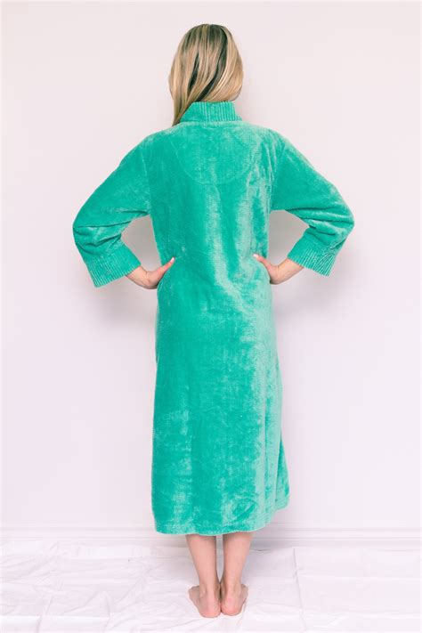 button front chenille robe  ribbed details