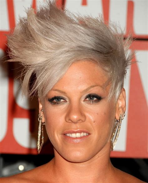 Pink Hairstyles by Pink Hairstyles