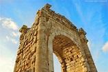File:Roman Triumphal Arch Tyre Lebanon.jpg - Wikimedia Commons