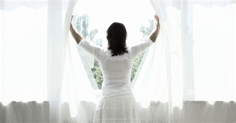 clean drapes how to clean your curtains step by step guide to washing