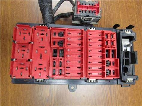 2005 Ford Econoline Fuse Box by 2006 Ford Econoline E 350 E 450 6 0l Diesel Truck