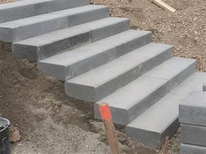 Treppe Bauen Garten : treppe selber bauen beton moderne treppe with treppe ~ Lizthompson.info Haus und Dekorationen