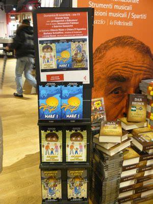 Libreria Giunti Genova by Edicolors