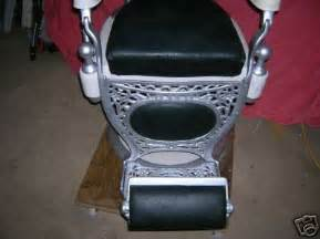 antique barber chair theo a kochs company chicago 30301373