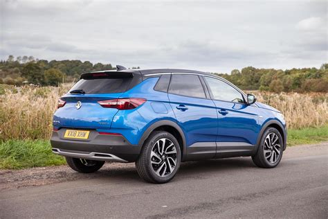 VAUXHALL GRANDLAND X IS NOW MORE FRUGAL THAN EVER…   Used ...