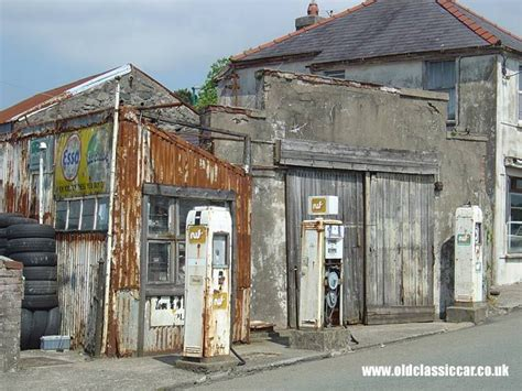 Garage Petrol by 165 Best Images About Petrol Stations Petrol Pumps