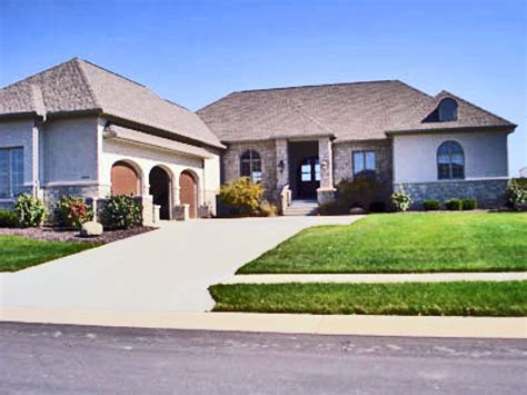 four bedroom townhomes for rent 4 bedroom one story house plans 4 bedroom townhomes for