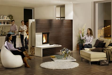 Wohnzimmer Mit Kachelofen by Kachelofen Raumteiler Hanghaus Weinfelden Holz Material
