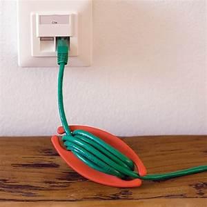 Kabel Am Schreibtisch Verstecken : ber ideen zu kabel verstecken auf pinterest kabel box verstecken eingangsbereich ~ Sanjose-hotels-ca.com Haus und Dekorationen