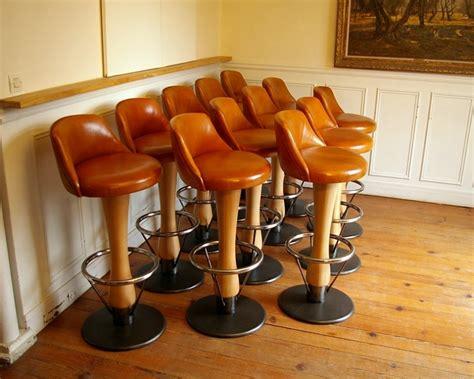 chaise de bar cuir tabourets de bar en cuir bois et métal bar stools