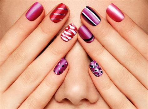 Nail Art Simple : 40 + Cute And Easy Nail Art Designs For Beginners