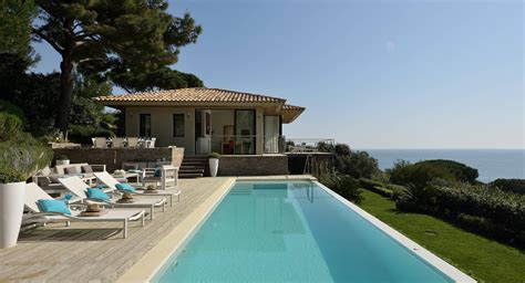 Architects Villa In Tropez by Proven 231 Al Style Villa In Tropez With Stunning