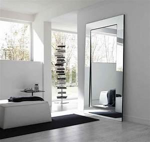 Moderne Wandspiegel Wohnzimmer : grand miroir mural pour une d co l gante ~ Markanthonyermac.com Haus und Dekorationen