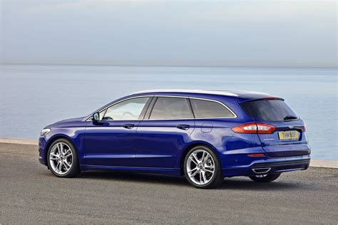 2015 Ford Mondeo Wagon  Full Desktop Backgrounds