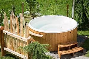 Whirlpool Im Garten Kosten : wellness im eigenen garten utopisch garten ratgeber ~ Sanjose-hotels-ca.com Haus und Dekorationen