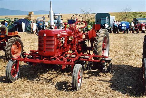 siege tracteur vigneron nos tracteurs ih en photo 1 04 04