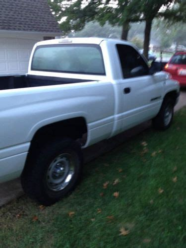 Sell Used Dodge Ram Standard Cylinder Pickup