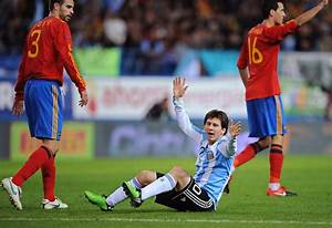 Lionel Messi in Spain v Argentina - International friendly ...
