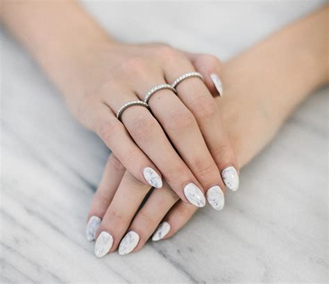 white marble nails cristman