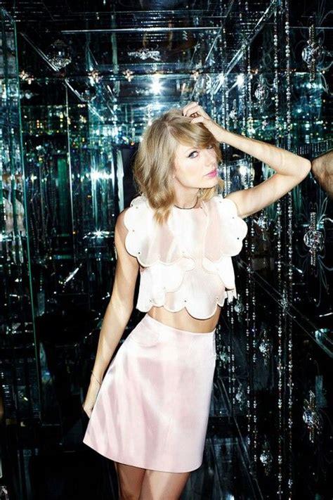 Taylor Swift | Taylor swift outfits, Taylor swift 1989 ...