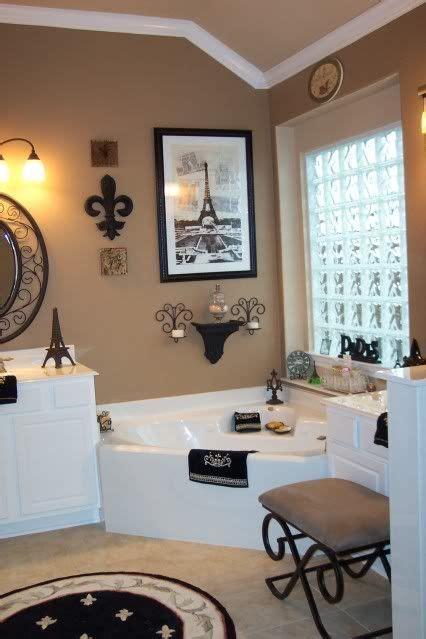 paris theme bathroom ideas  pinterest paris