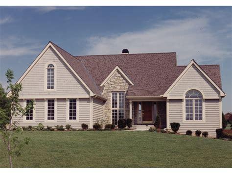 isleta striking craftsman home plan   house plans