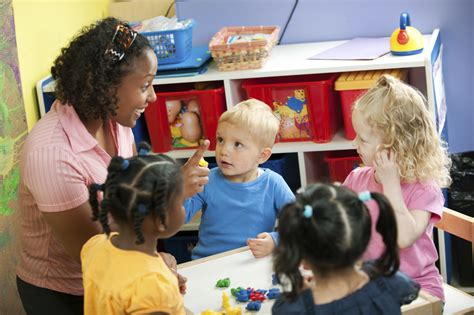early childhood trainings for preschool professionals 630 | Preschool Teacher Classroom