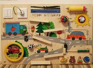 Activity Spielzeug Baby : activity board selber machen spielspa f r kleine kinder ~ A.2002-acura-tl-radio.info Haus und Dekorationen