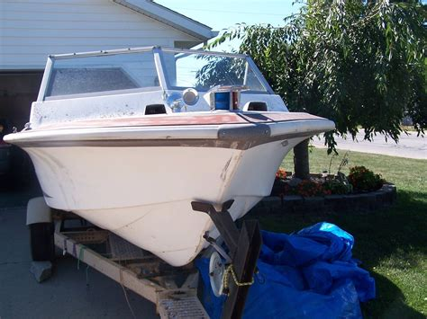 Larson Runabout Boats by Larson Lapline Runabout Boat For Sale From Usa