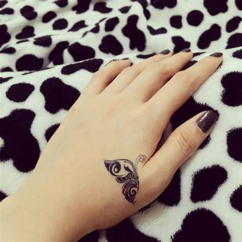 cute  tiny tattoos  girls designs meanings