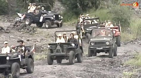 merapi jeep tour community in indonesia ewillys
