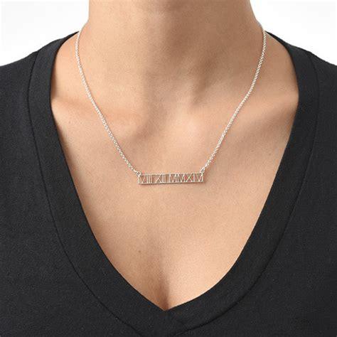 collier barre d 233 coup 233 avec chiffres romains moncollierprenom