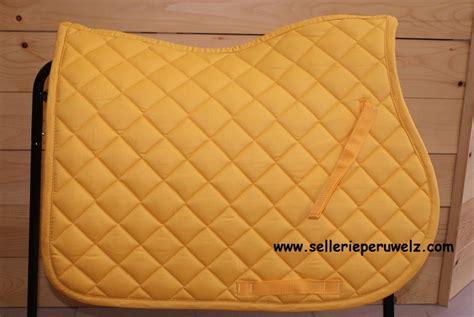 tapis de selle jaune 28 images tapis de selle hkm jaune tapis de selle dressage jaune d or