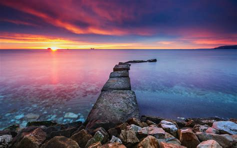 Sunrise Over The Sea Red Clouds Horizon Image For ...