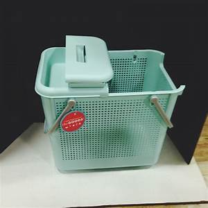 The HomeGoods Mobile Application - Portable laundry basket