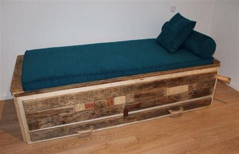 Wood Daybed Plans