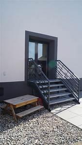 Garde Corp Escalier : escaliers rampes garde corps ~ Dallasstarsshop.com Idées de Décoration