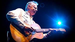 Tommy Emmanuel tops best acoustic guitar player in the ...